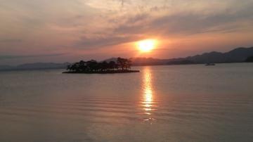 宍道湖の夕陽とシジミ_2.jpgのサムネール画像